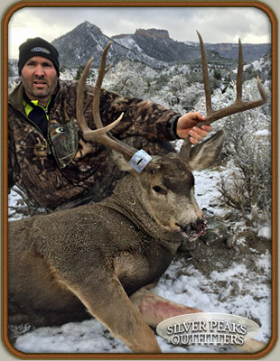 Craig takes his first Mule Deer Buck on the 1st day of his hunt
